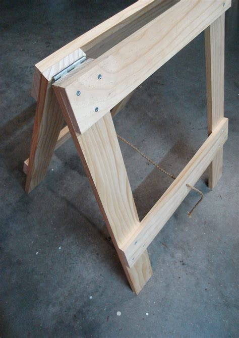 zelf eenvoudig inklapbare pootjes maken tbv tafel zie