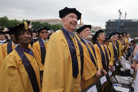Gwu Mba Alumni by Apple Ceo Tim Cook Urges Graduates To Find Their