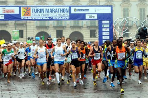 alimentazione prima della maratona alimentarsi bene alimentarsi sano anche al ristorante