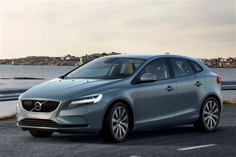 Volvo V40 2016 Pictures Volvo V40 2016 Images 1 Of 25