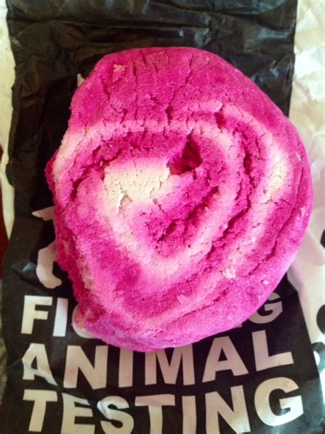 the comforter bubble bar my review of lush fresh handmade cosmetics yes i m in love