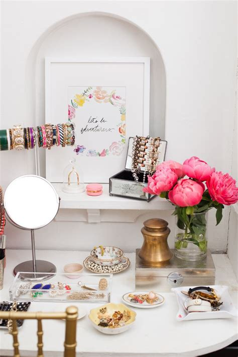 grafik design vendor best 25 jewelry table display ideas on pinterest