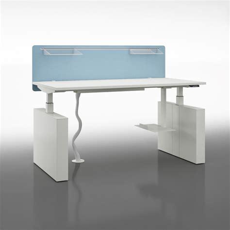 Schreibtisch Elektrisch by Schreibtisch Elektrisch H 246 Henverstellbar Winglet