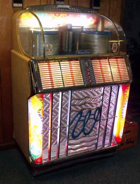 Wurlitzer 1550 Jukebox   Collectors Weekly