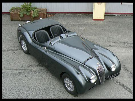 vintage jaguar xk jaguar xk120 the reason why vintage cars are worth it