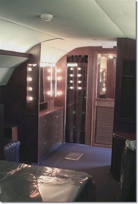 photos inside elvis presley lisa marie convair 880 jet
