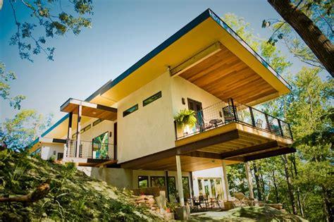 hemp house nation s first hempcrete house makes a healthy statement inhabitat green design