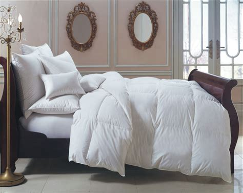 choosing a down comforter at downcomforterworld com