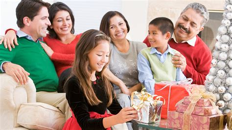 good cheap gifts for extended family and the in laws focus on the family