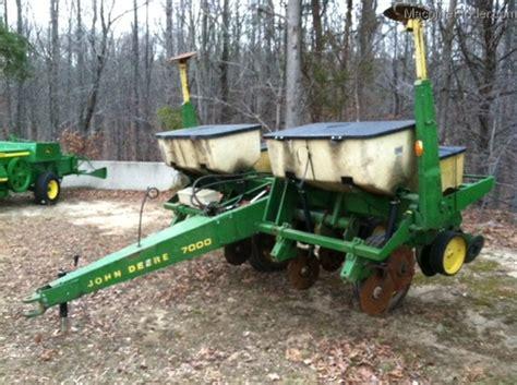 Jd 7000 Planter Parts by Deere 7000 Consevation Planting Seeding Planters Deere Machinefinder