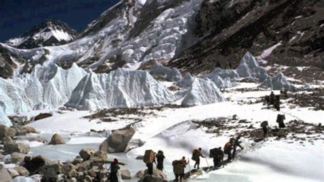 film petualangan pendakian alasan kenapa pendaki pemula harus nonton film pendakian