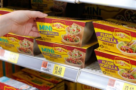 mini taco boats old el paso cinco de mayo recipe mini green chicken poblano