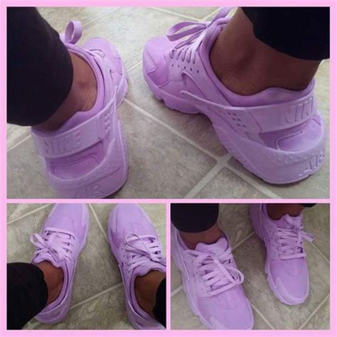 lavender sneakers shoes lavender huarache low top sneakers purple nike