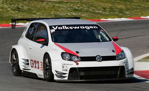 volkswagen race car 434 hp golf set to enter 24 hour race at the n 252 rburgring