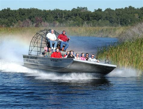 airboat adventures at boggy creek boggy creek airboat adventures orlando hat tourism