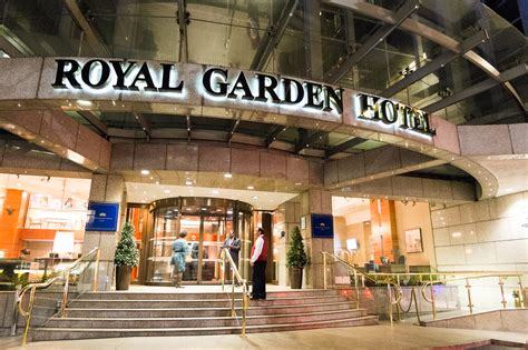a luxurious at the royal garden hotel l honest