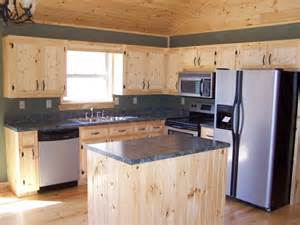 Pine Kitchen Cabinet by White Pine Kitchen Cabinets Kitchen Facelift Ideas