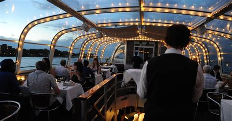 bateau mouche mariage 20 amazing montreal tourist attractions that aren t just