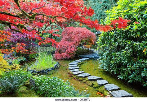 japanese zen gardens stepping stones in the garden of the japanese stepping stones stock photos japanese stepping