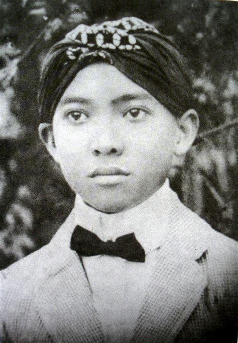 Film Masa Kecil Soekarno   menengok masa kecil soekarno dari tidak mu beli
