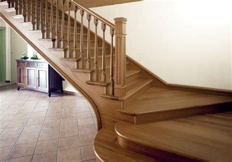 corrimano per scale in legno massello prezzo scale in legno per interni classiche mod a alfa scale
