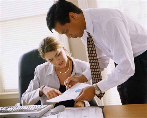 what is a secretary what is the legal position of a company secretary