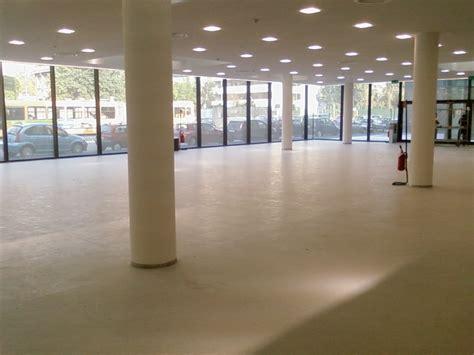 pavimenti in linoleum pavimenti in linoleum a assago posa pavimento linoleum a