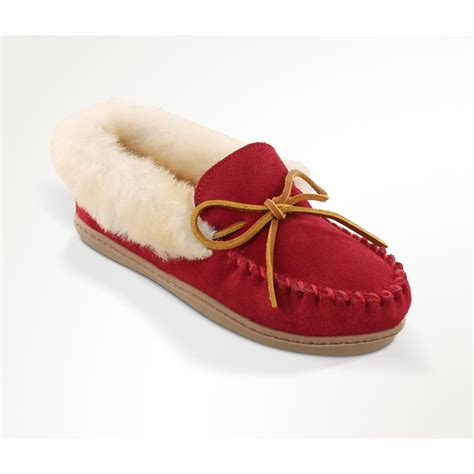 moccasin slippers womens s minnetonka moccasin alpine sheepskin moccasin