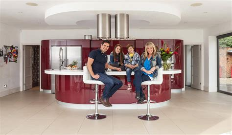 Kitchens And Interiors tv s homes under the hammer presenter lucy alexander and