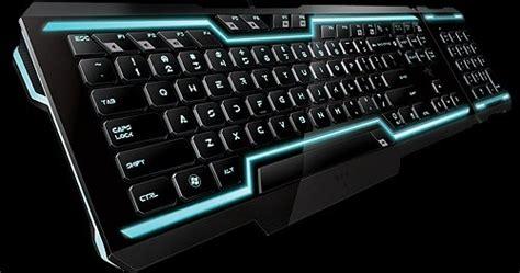 Keyboard Komputer Bagus bagus budi prayogo i o pada pc beserta cara kerjanya di