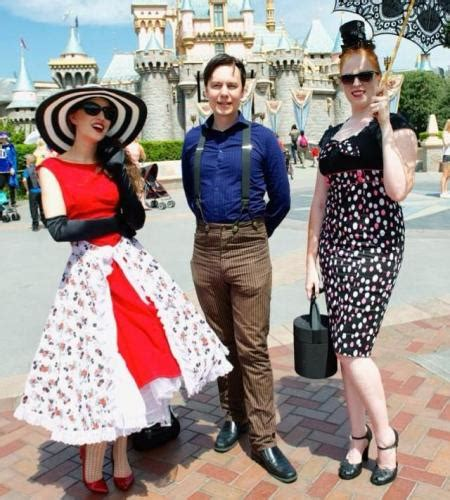 what is dapper day dapper days disneyland mousewait disneyland mousewait
