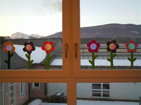 Grundschule Basteln Weihnachten 5987 by Ideenreise Bastelvorlagen Quot Fr 252 Hlingsblumen Quot Fensterdeko