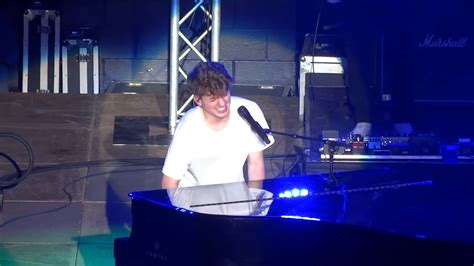 charlie puth does it feel does it feel by charlie puth youtube