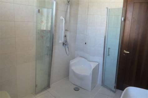 vasca doccia per disabili da vasca a doccia filo pavimento sostituzione vasche da