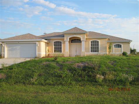 houses for sale cape coral fl 126 ne 12th lane cape coral florida 33909 foreclosed home information foreclosure