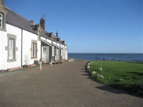 Uk Cottages By The Sea by File Cottages Newton By The Sea Geograph Org Uk