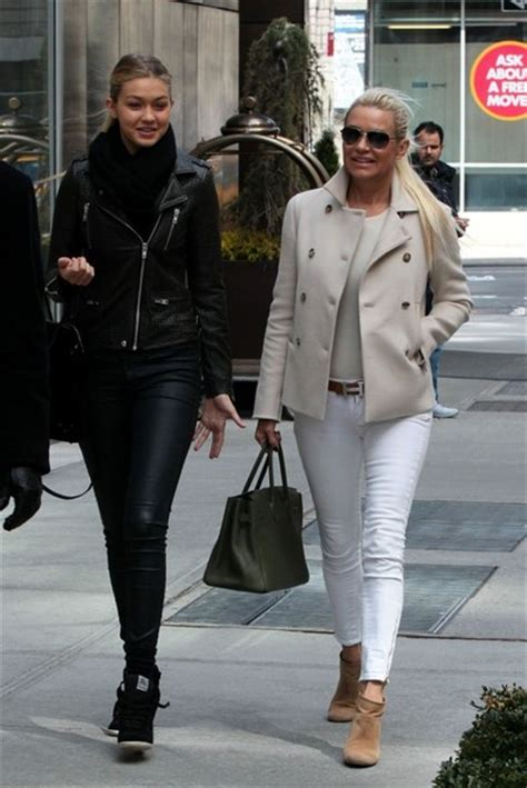 where does yolanda foster get her clothes yolanda foster skinny jeans yolanda foster looks