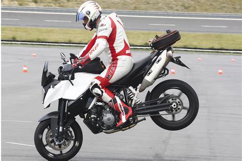 Motorrad Das Magazin motorrad das abs der zukunft magazin auto de