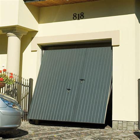 porte de garage basculante 224 rainures verticales avec