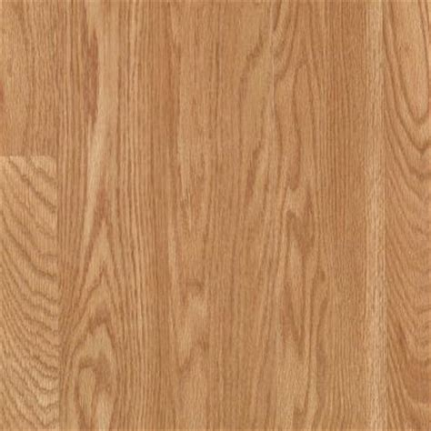 mohawk bayhill chardonnay oak laminate flooring 5 in x 7 in take home sle un 845059 the