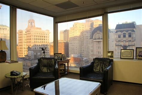 office view law offices of lonny fish philadelphia pa city skyline