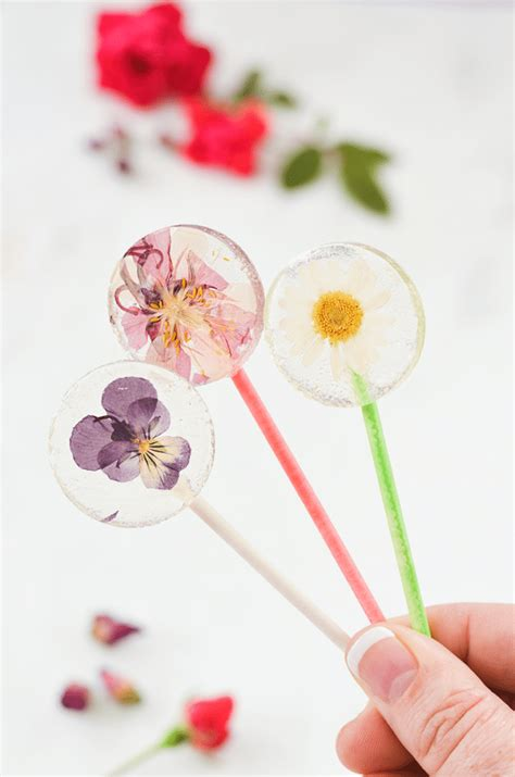 diy flower food recipe that will change your life 27 edible flower recipes to freshen up your spring menu