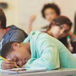 piekeren in bed negatief denken piekeren in bed en slaapproblemen