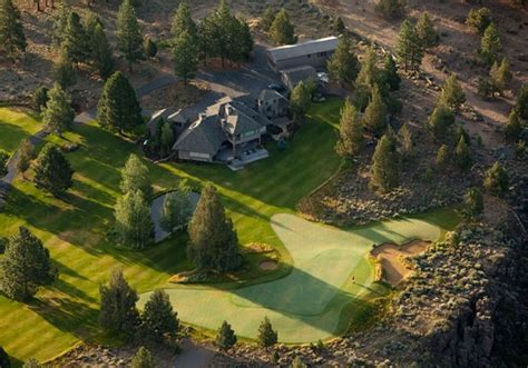 backyard golf hole the 5 best backyard golf holes i love golf daily