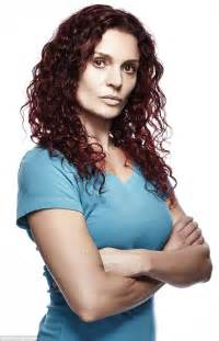 bea smith hair color wentworth real life drama danielle cormack who plays bea smith in