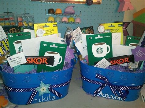 Gift Card Gift Baskets - 17 best ideas about gift card basket on pinterest silent auction baskets raffle