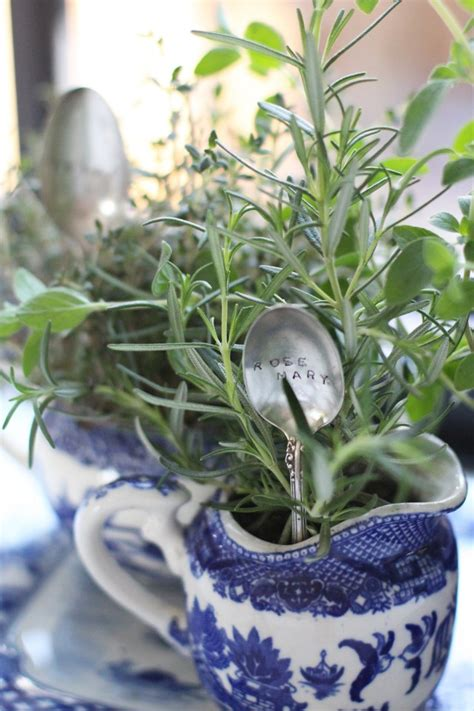 3 diy herb gardens you ll want to grow huffpost diy indoor garden