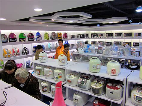 small kitchen appliances stores file 銅鑼灣店小家電部 jpg wikimedia commons