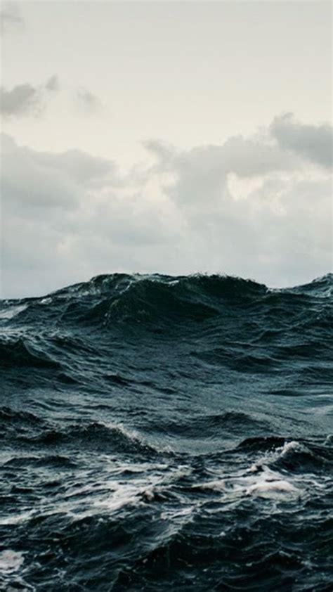 Free Stormy Sea HD Phone Wallpaper