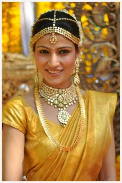 traditional hairstyles games traditional southern indian bride wearing bridal saree